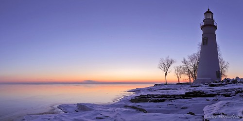 morning travel trees ohio lighthouse lake snow tourism ice water sunrise twilight rocks marbleheadlighthouse lakeerie rocky marbleheadohio myohio