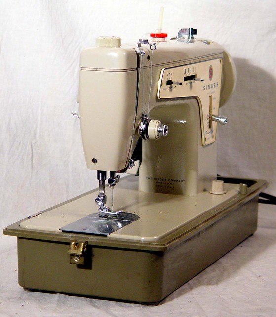 Singer Fashion Mate 7256 Sewing Machine - Walmart.com