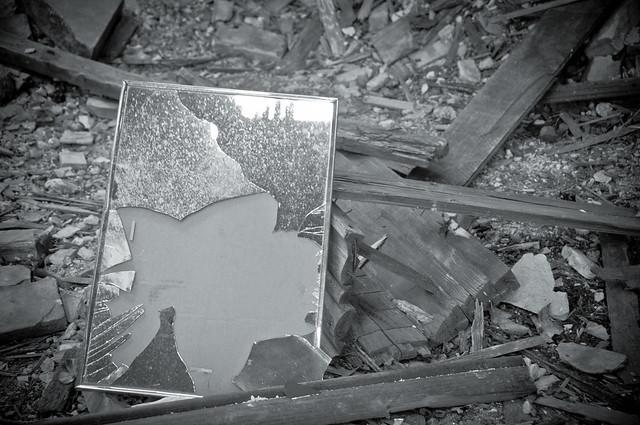 Broken Mirror | Flickr - Photo Sharing!