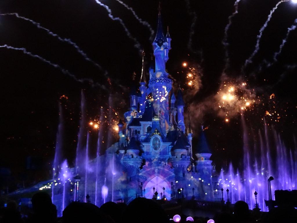 Un séjour pour la Noël à Disneyland et au Royaume d'Arendelle.... - Page 4 13709770593_42595f225c_b
