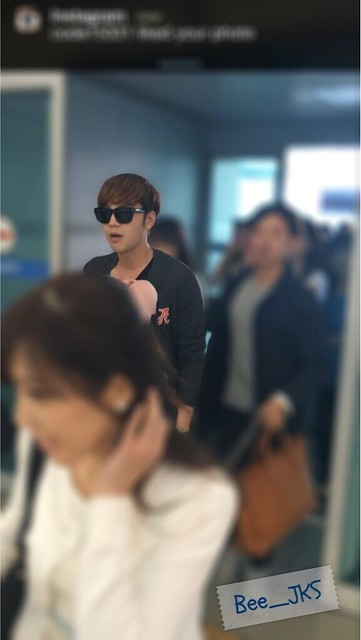 [Pics] JKS departs from Seoul to Beijing_20140425 14019319375_64b56ec085_z