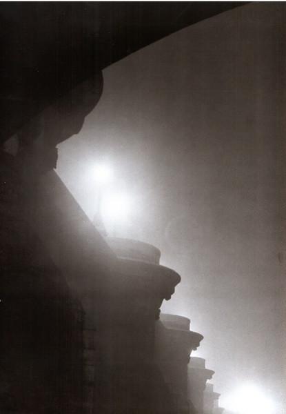 Brouillard sur le Pont-Neuf, by Brassaï 1932