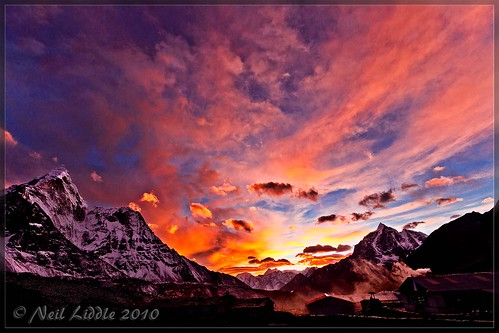 travel nepal sunset red cloud snow color colour slr wow landscape interestingness amazing interesting asia great explore valley mountian 2010 amadablam outstanding lr3 npl dingboche mountiains coloud 550d cs5 canon550d neilliddle landseavision liddlephotography