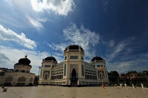 "sumatra indonesia asia southeastasia canonef1740mmf4lusm medan northsumatra canoneos5dmarkii historicalmosque ""flickraward"" almashungrandmosque ""flickrtravelaward"""