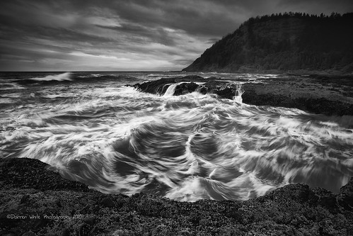 blackandwhite clouds oregon canon pacificocean pacificnorthwest oregoncoast 1740 capeperpetua centraloregoncoast blackandwhitelandscapes blackandwhitenature darrenwhitephotography 5dmkii