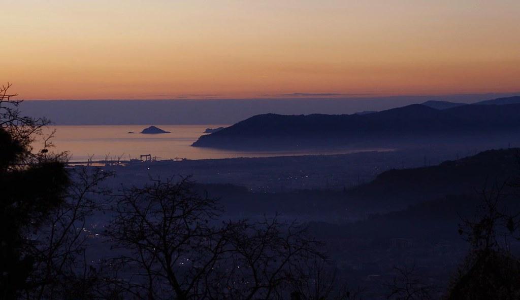 意大利北部风光(高清航拍视频) - 纽约客 - 纽约文摘