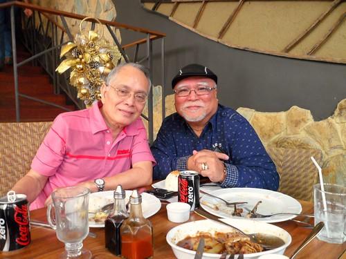 Papa(razzi) and Papa Rhante