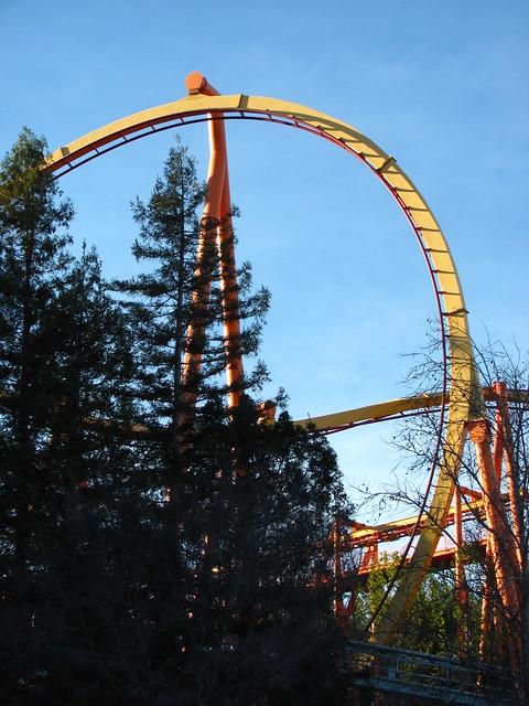 Six Flags Magic Mountain 139 | Tatsu | By: Roller Coaster ...