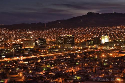 longexposure sunset chihuahua mexico texas tx franklinmountains scenicdrive downtownelpaso cdjuárez murchisonpark rickkern cerrobolamountain