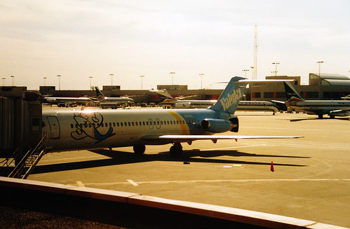 Valujet DC-9-32 KATL 7-95