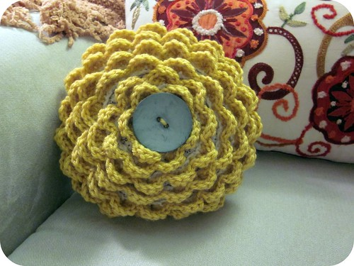 Crocheted Rosette Pillow 016