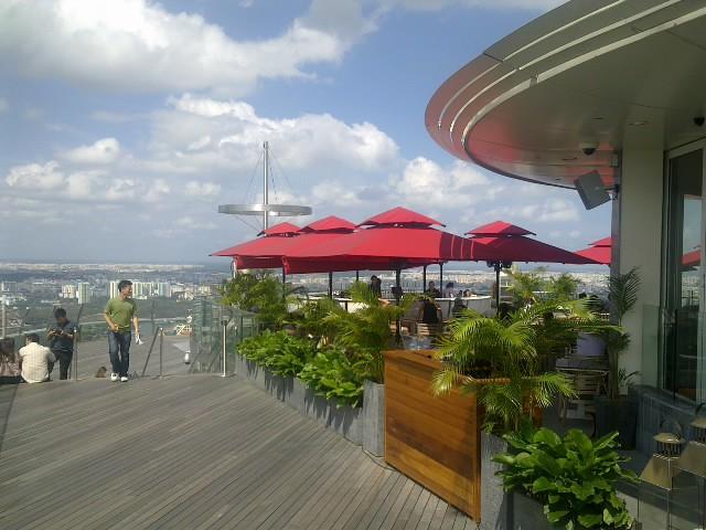 Marina Bay Sands Sky Park and Hotel Lobby