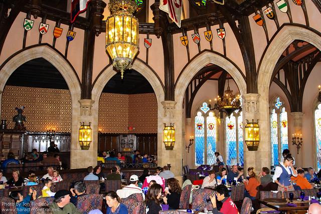 WDW Dec 2010 - Eating at Cinderella's Royal Table