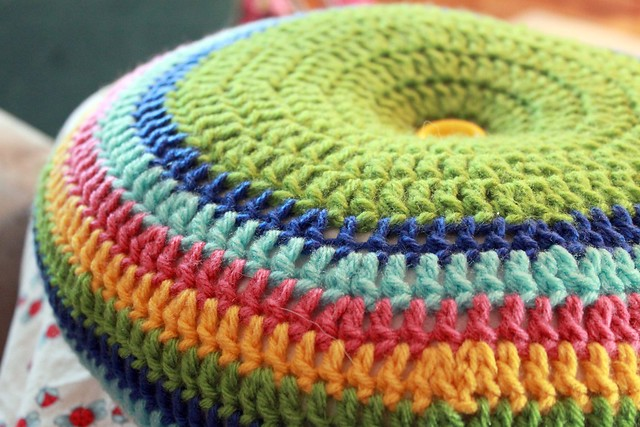 FREE CROCHET PATTERNS PILLOW - Crochet and Knitting Patterns