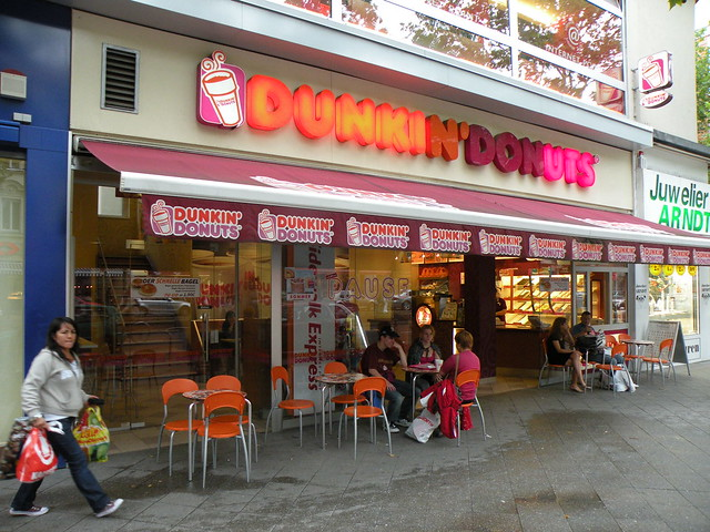 restaurant dunkin donuts berlin steglitz 08 2009 flickr. Black Bedroom Furniture Sets. Home Design Ideas