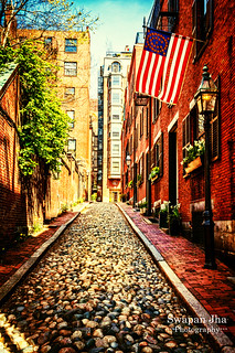 Acorn Street, Boston- Available on Getty Images