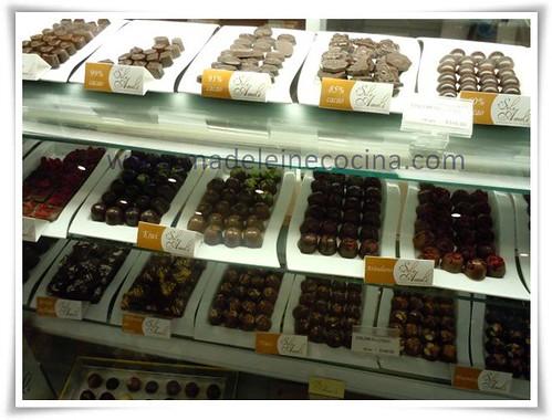 Chocolates en el palacio de hierro madeleine cocina for Sanborns de los azulejos precios