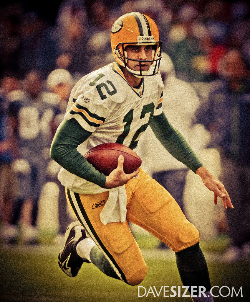 ... Aaron Rodgers - Throwback  412e7a7df