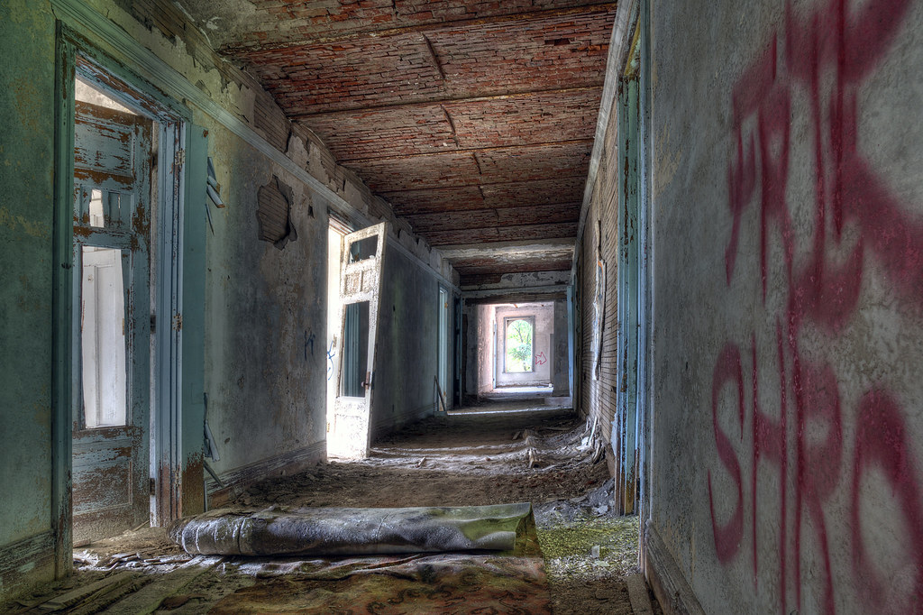 Abandoned sanitarium, hallway w/carpet