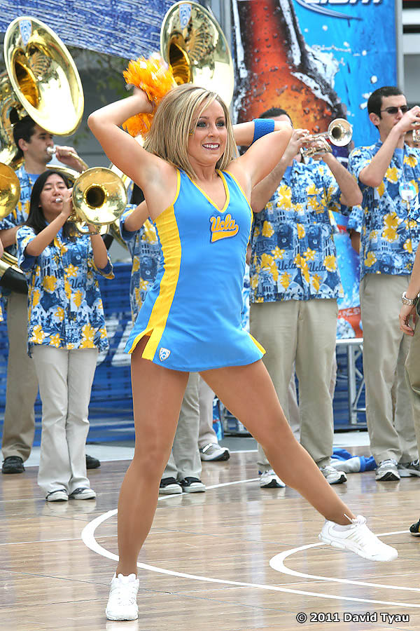 UCLA Dance Team 039