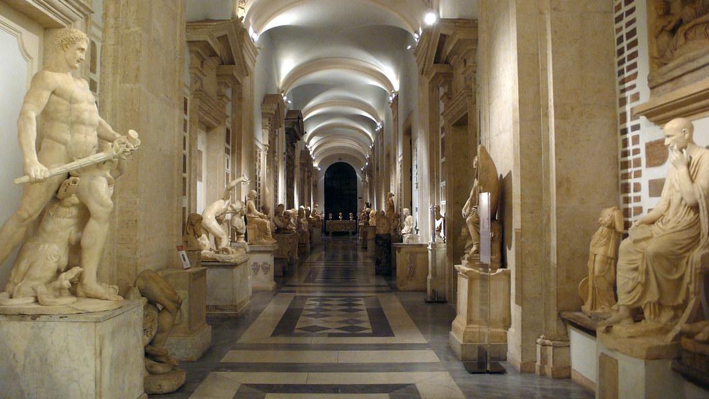 1 Euro per una notte al museo