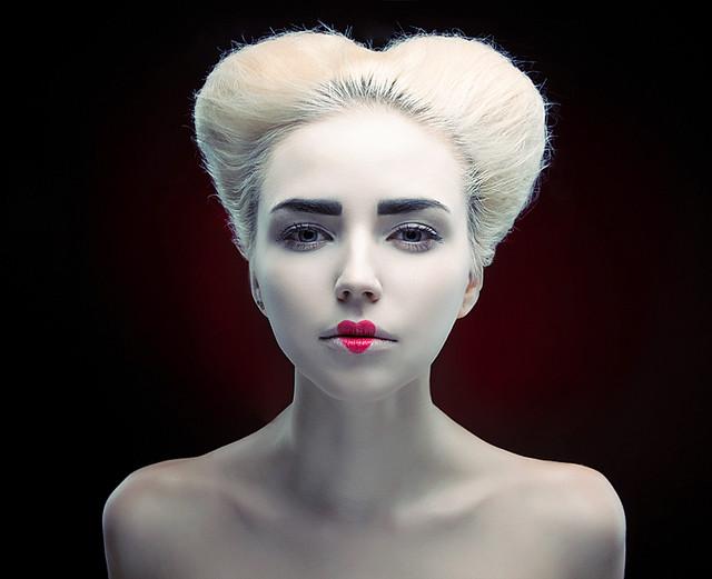 Queen Of Hearts Hair Ideas Queen Of Hearts Hair I...