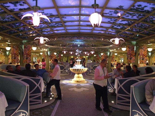Disney Dream Enchanted Garden At Dinner Flickr Photo Sharing