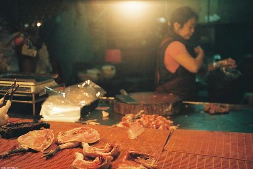 英國皇家國際事務研究所最新報告指出,減少全世界龐大且不斷增加的肉食需求,是減緩氣候變遷的必要方法。(來源:Dryden Wu)