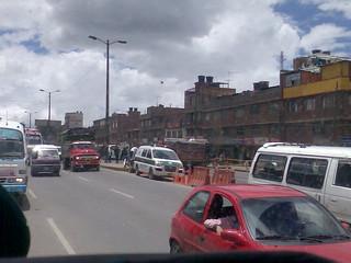 COLOMBIA Cundinamarca MUNICIPIO CIUDAD DE SOACHA CARRETERA PANAMERICANA BUSETAS COLECTIVOS BUSES CAMION FORD 1957... ¡COLOMBIA CHE!!