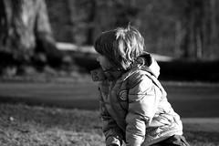 child observe