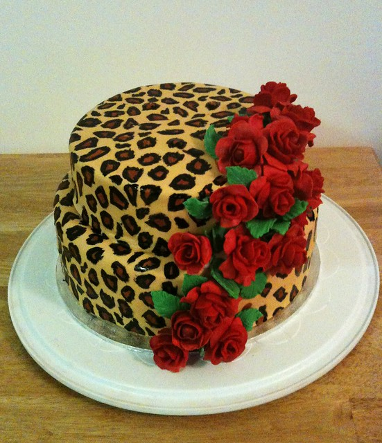 leopard cakes - a gallery on Flickr