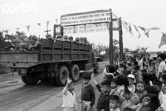 Ngày này năm xưa: Những binh sĩ Mỹ đầu tiên đổ bộ vào VN