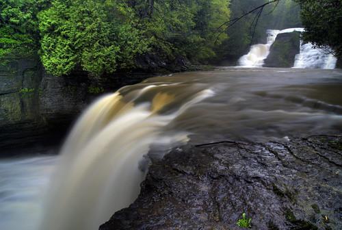 ny waterfall stream hiking upstate adirondacks glen waterfalls gorge hiker tughill adirondack gully martinsburg whitakerfalls