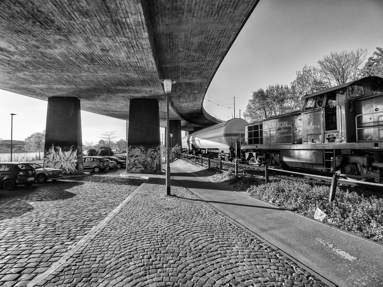 Konrad-Adenauer-Brücke
