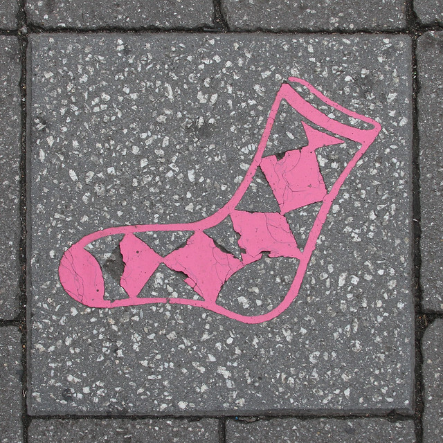 paving slab motif - pink sock