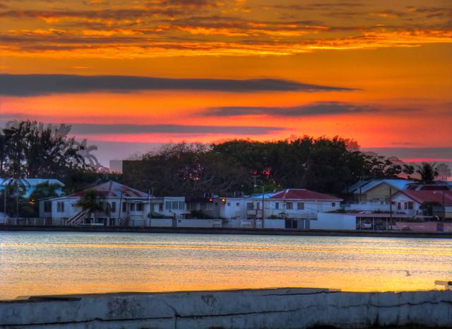 Puesta de Sol en Belize City
