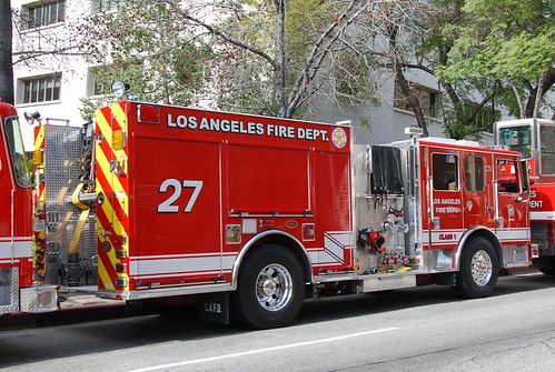 LOS ANGELES FIRE DEPARTMENT (LAFD) ENGINE 27