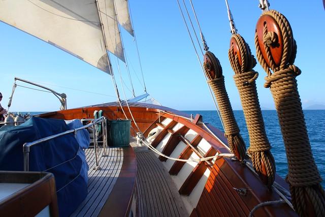 DSC84/Australia/Whitsunday Magic Boat/Prow view
