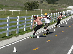 inline skating(0.0), longboard(0.0), duathlon(0.0), cycling(0.0), inline speed skating(0.0), sports(1.0), race(1.0), recreation(1.0), outdoor recreation(1.0), longboarding(1.0), race track(1.0),