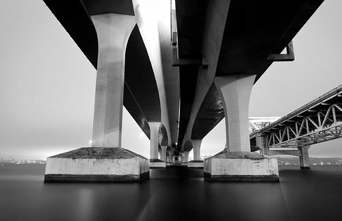 seattle bridge bw lake water washington floating lakewashington i90 solid underthebridge