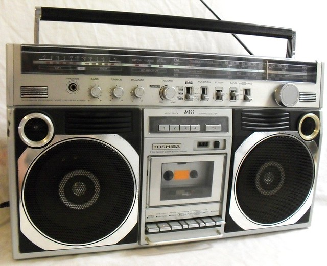 toshiba rt 8860s boombox ghetto blaster am fm sw lw mw 370 flickr photo sharing. Black Bedroom Furniture Sets. Home Design Ideas