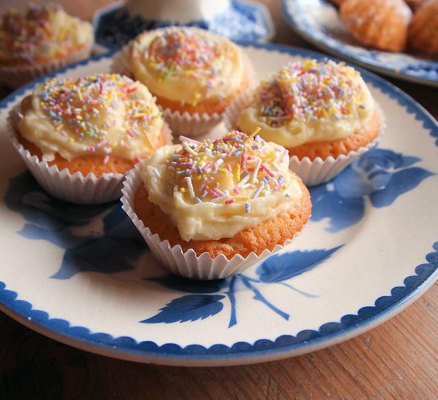 Magic Lemon Cake Uk