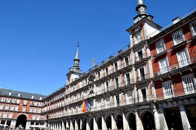 http://hojeconhecemos.blogspot.com.es/2013/01/do-plaza-mayor-madrid-espanha.html
