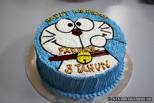 Doraemon Birthday Cake Design : 500px