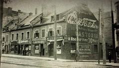 Vieux-Montréal, env. 1910. Rue Notre-Dame >Est, depuis rue St-Vincent.