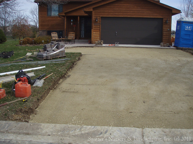Interlocking Concrete Paver Driveway Base Material Ready