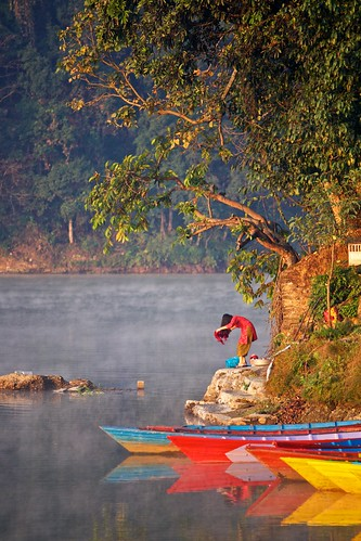 morning nepal lake nature sunrise landscapes boat outdoor pokhara phewa 尼泊尔 博卡拉 ef70200mmf4lisusm