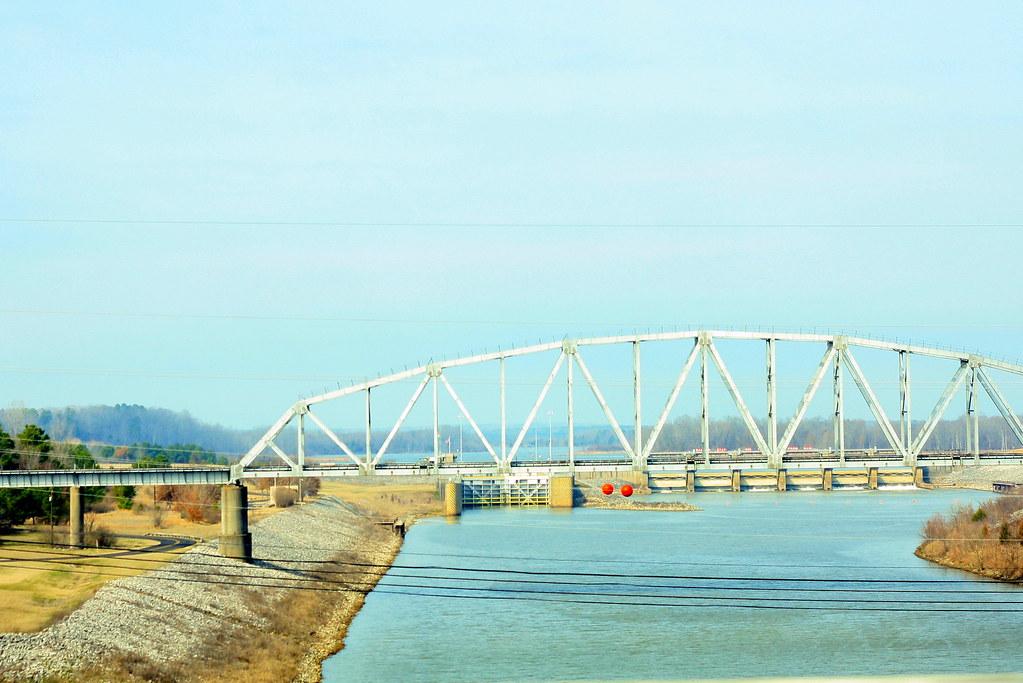 Belt parkway bridge park
