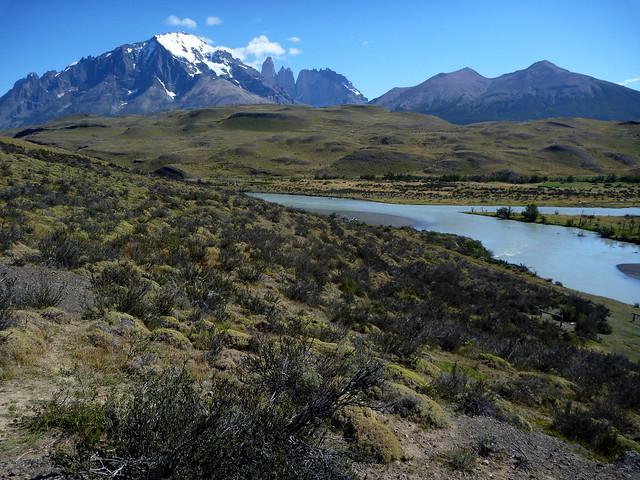 Les tours du Paine depuis la laguna Amarga