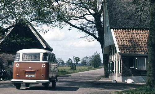 EK-07-93 Volkswagen Transporter Samba 1961